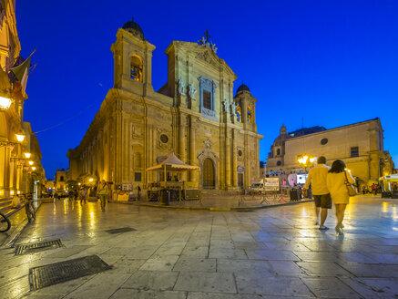Italy, Sicily, Marsala, cathedral San Tomaso di Canterbury at blue hour - AMF003249