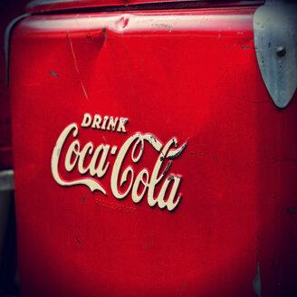 Old Coca Cola fridge - HOH001139
