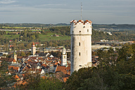 Germany, Baden-Wuerttemberg, Ravensburg, town tower Mehlsack and Blaserturm - SH001600