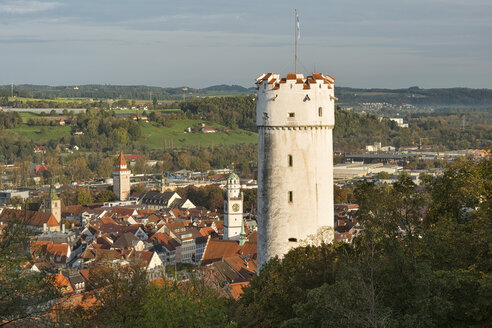 Germany, Baden-Wuerttemberg, Ravensburg, town tower Mehlsack and Blaserturm - SH001600