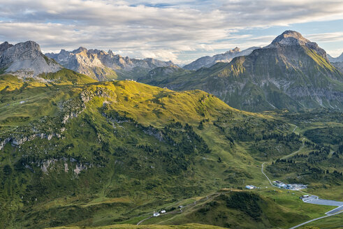 Austria, Vorarlberg, Lechtal, alpine landscape - SHF001634
