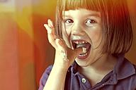 Girl eating cream - LVF002318