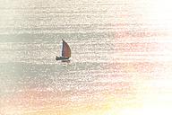 Italy, Brenzone sul Garda, sailboat on Lake Garda - LVF002346