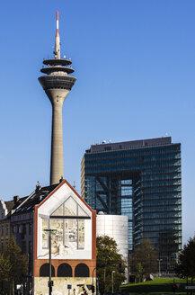 Germany, North Rhine-Westphalia, Duesseldorf, Rhine tower and City gate - THA000946
