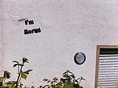 I'm bored graffiti on wall - IPF000170