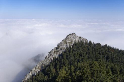 Germany, Bavaria, Upper Bavaria, Chiemgau, Chiemgau Alps, Nussdorf am Inn, View to Kindlwand and cloud cover - SIEF006286