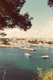 Spain, Majorca, Porto Cristo, harbor - DWIF000311