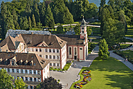 Germany, Baden-Wuerttemberg, Island Mainau, aerial view of castle church with castle - SH001794