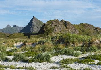 Norway, Nordland, Lofoten, Flakstad, summits of Flakstadoya - JBF000208