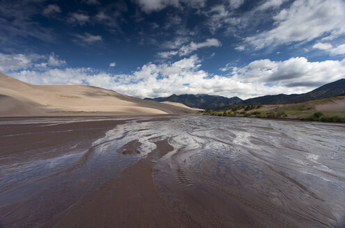 USA, Colorado, Great Sand Dunes National Park and Preserve - NNF000111