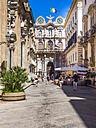 Italy, Sicily, Trapani, Old town, Shopping street Corso Vittoria Emanuelle, Palazzo Cavarretta in the background - AMF003334