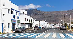 Spain, Canary Islands, Lanzarote, Los Valles, white houses in Caleta de la Vila - AMF003368