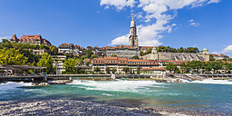 Switzerland, Bern, cityscape with minster and River Aare - WDF002761