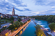 Switzerland, Bern, cityscape with minster and River Aare in the evening - WDF002749