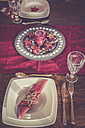 Laid dining table with Christmas decoration - SARF001106