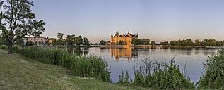 Germany, Mecklenburg-Vorpommern, Schwerin, Schwerin Castle at dusk - PVCF000252