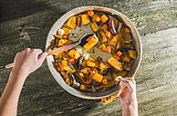 Cooking of pumpkin and vegetables - DEGF000049