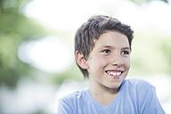 Portrait of smiling boy - ZEF002749