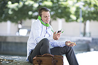 South Africa, Capetown, Businessman on the phone, outdoors - ZEF002112