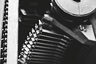 Typebars of an old typewriter - EBSF000378