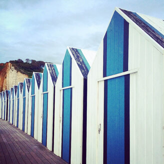 France, Yport, changing cubicles at the beach - SEGF000157