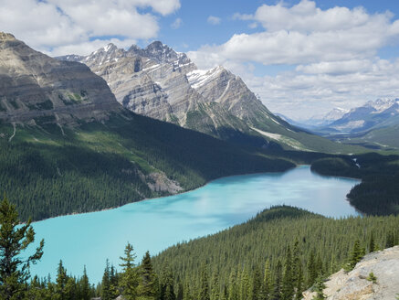 Canada, Alberta, Banff National Park, Peyto Lake - HLF000819