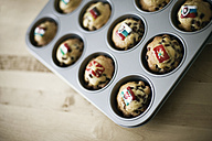 Tiny cupcakes with different flags on them - MFF001345