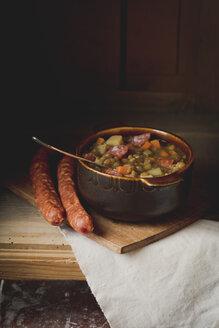 Lentil soup with minced pork sausage - ECF001657