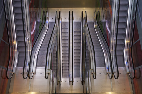 Netherlands, Rotterdam, Market hall, escalators - WI001198