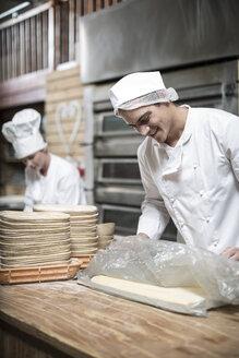 Baker preparing dough - ZEF003777