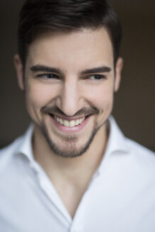 Portrait of smiling man - SHKF000113