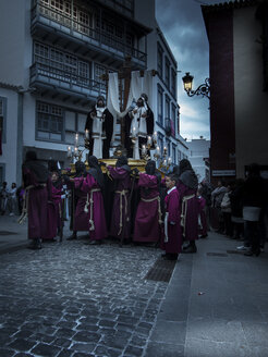 Spain, Santa Cruz de la Palma, Easter procession at Placeta de Borrero - AM003562