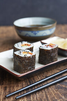 Vegetable sushi filled with sweet potato, carrots and bell pepper - HAWF000561