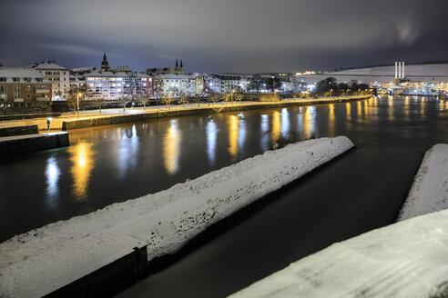 Germany, Bavaria, Wuerzburg, Main river promenade at night - VT000379