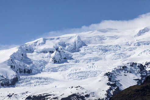Iceland, Vatnajokull, Vatnajokull National Park, snow-covered mountain - ATAF000109