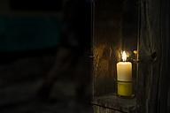 Burning candle - MJF001455