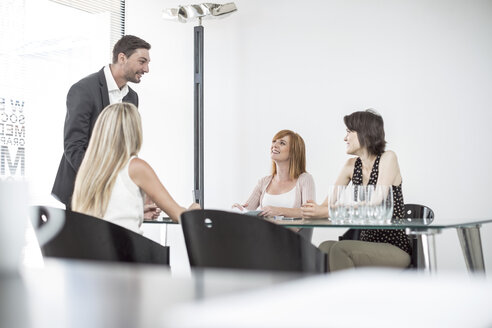 Business meeting in conference room - ZEF003028