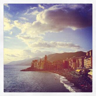 Italy, Liguria, Riviera di Levante, Camogli - GWF003432