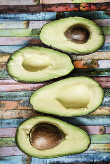 Four halves of avocados - SARF001223