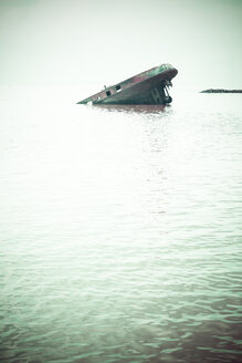 Germany, hamburg Ship wreck in water - KRP001177