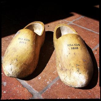 klomp, dutch, wooden shoes, netherlands - LUL000021