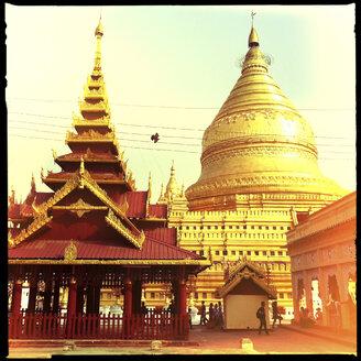 Shewzigon Pagoda, myanmar - LUL000131