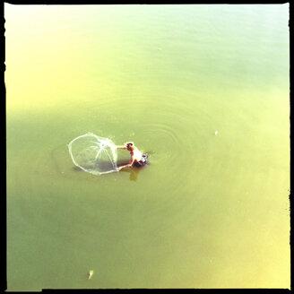 fischer man at the u bein bridge, amarapura, myanmar - LUL000145