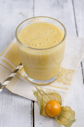 Glass of physalis smoothie - ODF001039