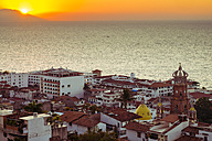 Mexico, Puerto Vallarta, Banderas Bay at sunset - ABA001617