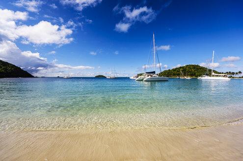 Caribbean, Antilles, Lesser Antilles, Grenadines, Mayreau, Twassante Bay - THAF001191
