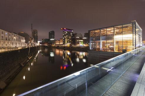 Germany, Duesseldorf, media harbor at night - WIF001314