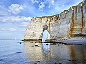 France, Normandy, Etretat, Cote d'Albatre, rocky coastline - SEGF000213