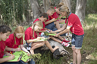 South Africa, Kids on field trip exploring nature - ZEF003948
