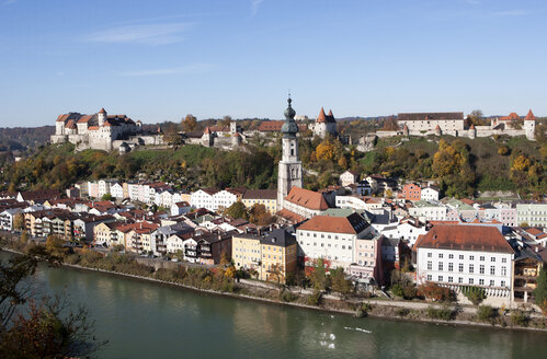 Germany, Bavaria, Burghausen, cityscape - WWF003359